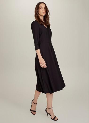 NGSTYLE V Yaka Kloş Elbise Siyah